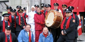 The band with Vancouver City Manager, Dr. Penny Ballam, Olympic Torch Relay 2010